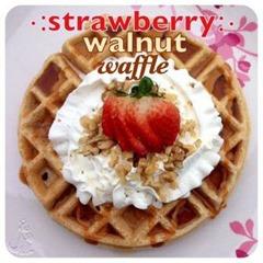strawberry walnut waffle